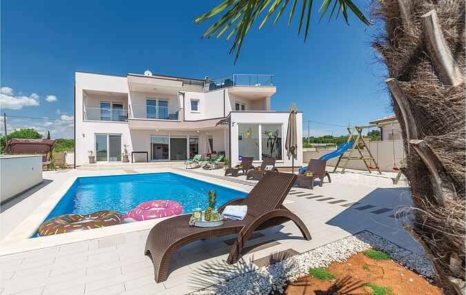 Holiday home nscir073
