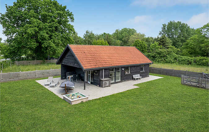 Holiday home nse01185
