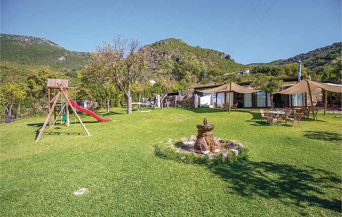 Holiday home nseac330