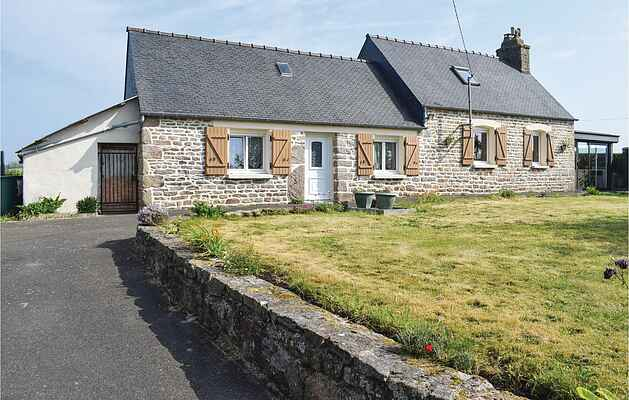 Holiday home in Lannion