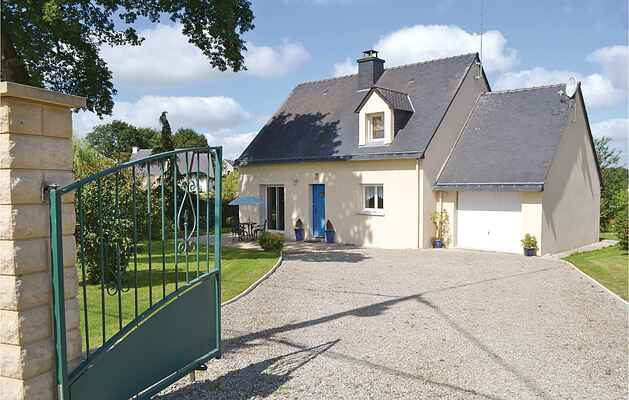 Holiday home in Plumelec