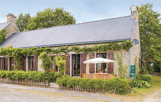 Holiday home in Persquen