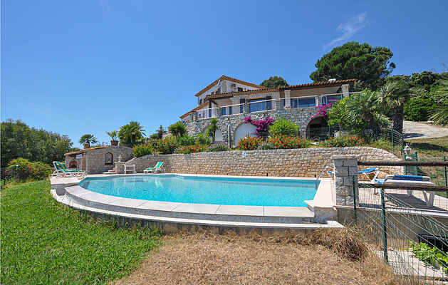 Holiday home in Mandelieu-La Napoule