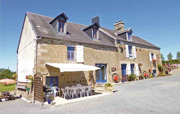 Holiday home in Le Gast
