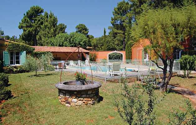 Holiday home in Gordes