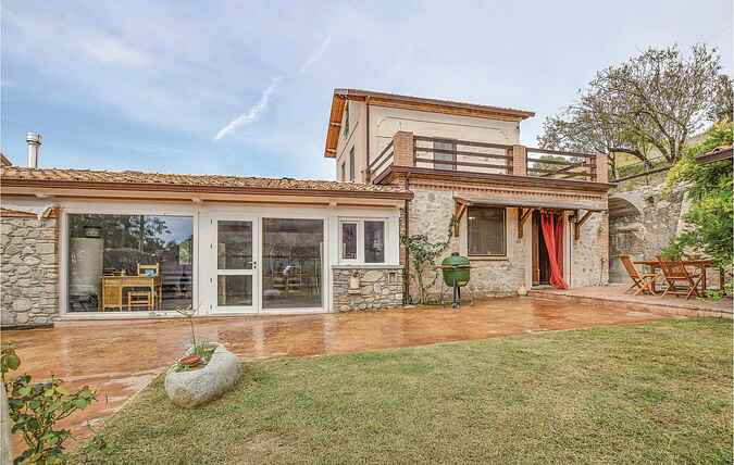 Holiday home nsikk397