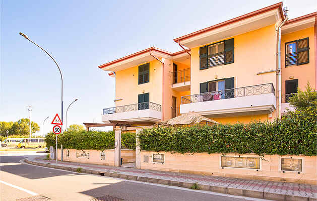 Apartment in Montepaone Lido