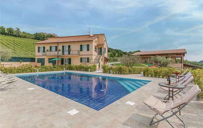 Holiday home nsimm220