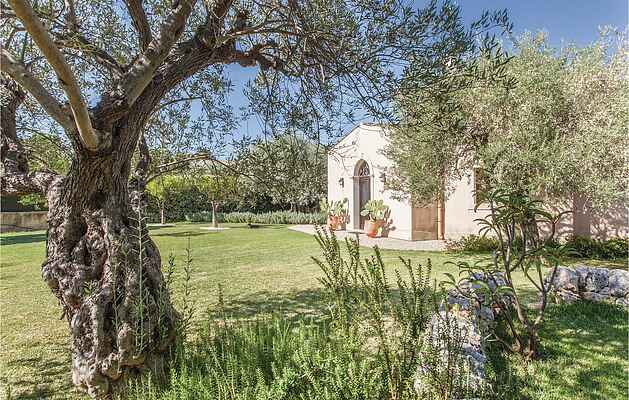 Holiday home in Fontane Bianche