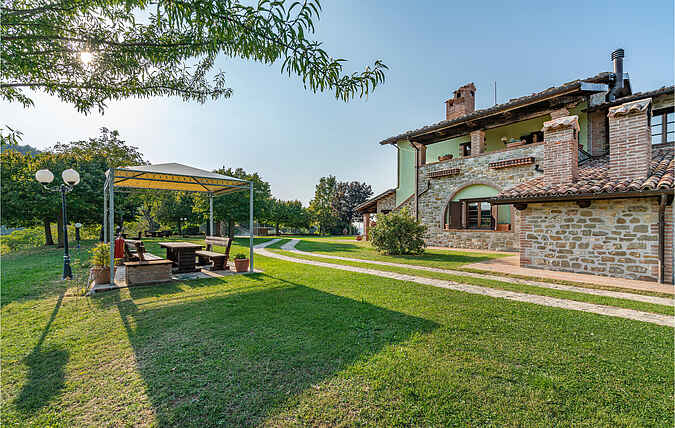 Holiday home nsiup596