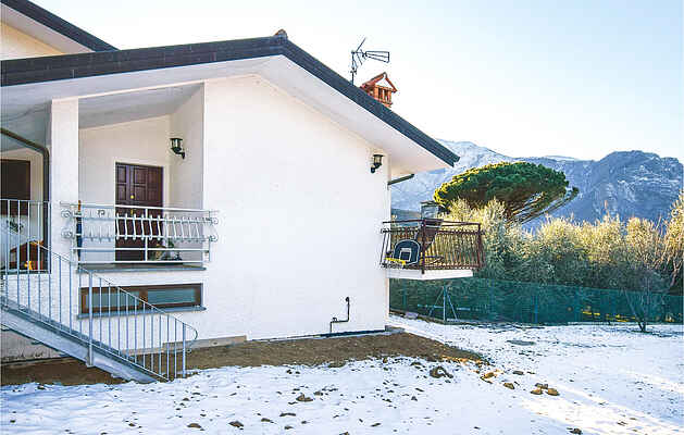 Holiday home in Colico