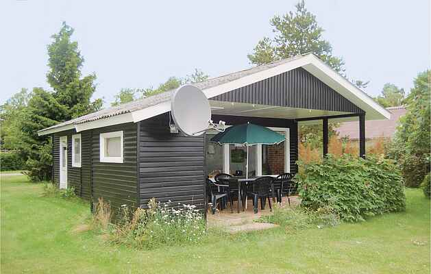 Holiday home in Stavreby Strand