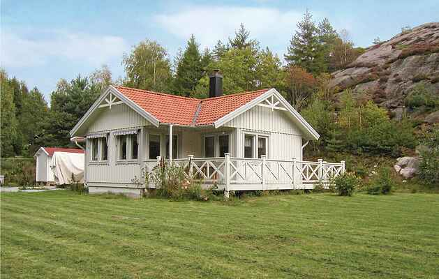 Holiday home in Mjörn