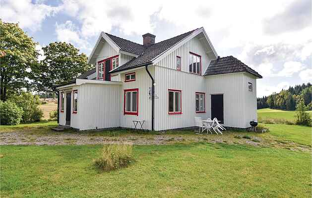 Holiday home in Färgelanda N
