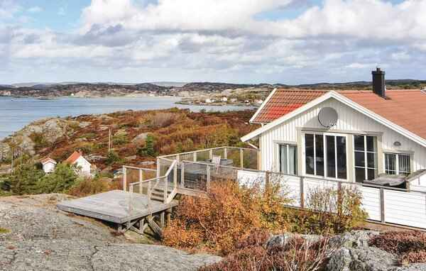 Holiday home in Tjörn S