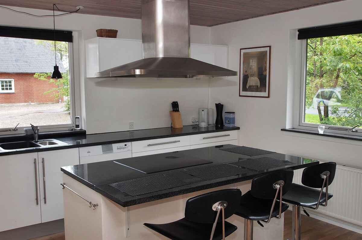 farmhaus in randb ldal d nemark. Black Bedroom Furniture Sets. Home Design Ideas