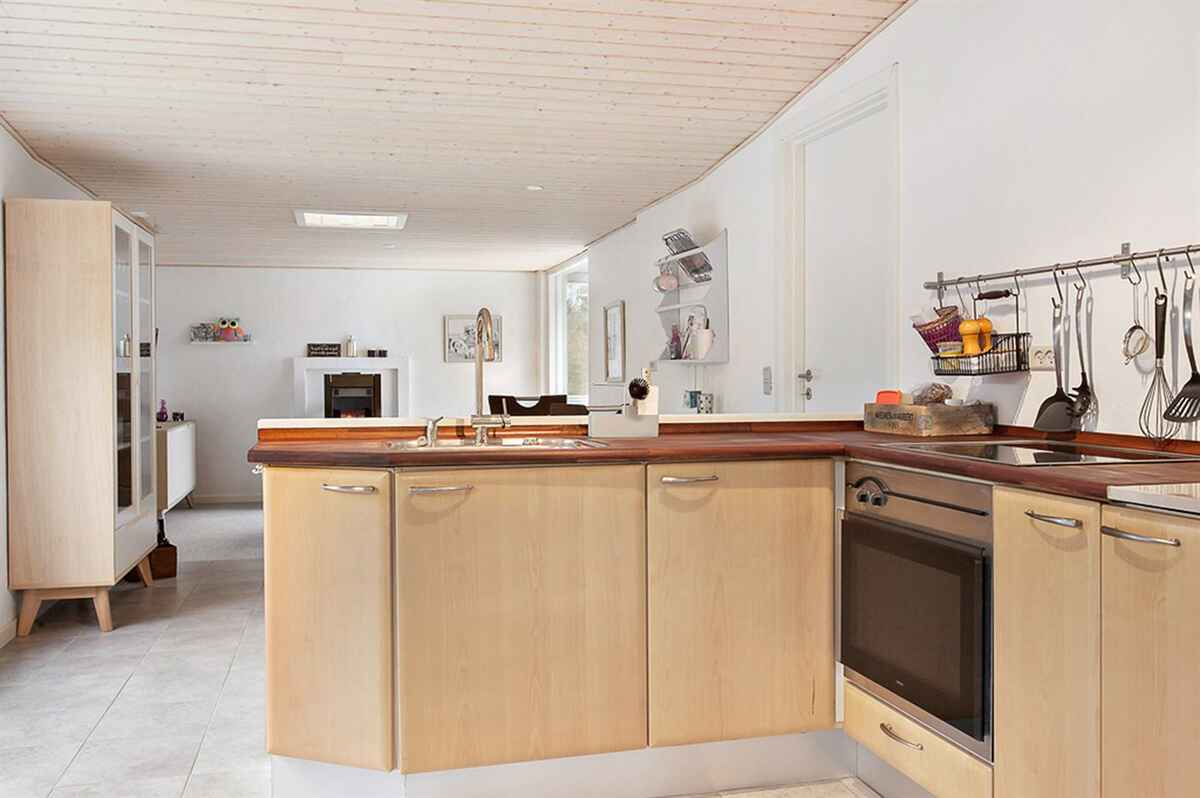 ferienhaus in trend strand d nemark. Black Bedroom Furniture Sets. Home Design Ideas