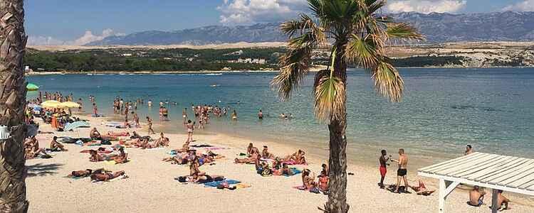 En av Europas största partystränder-Zrće på ön Pag i Kroatien