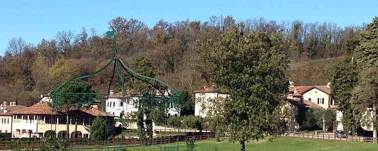 Lille landsby med stor format - Borgo di Mustonate