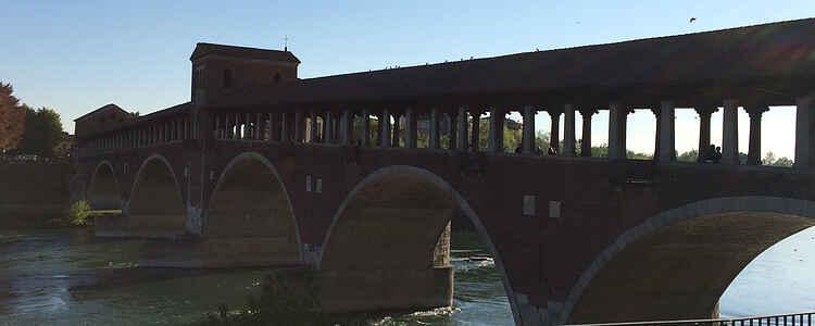 På opdagelse i Pavia: rig på stemning, historie, udsøgt mad og vin
