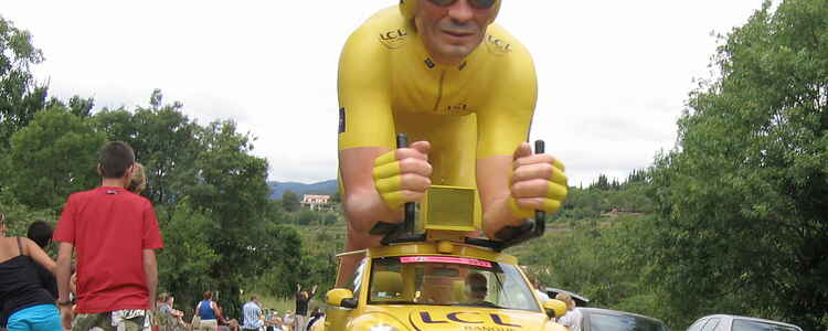 Tour de France – mens vi venter på spegepølsen!