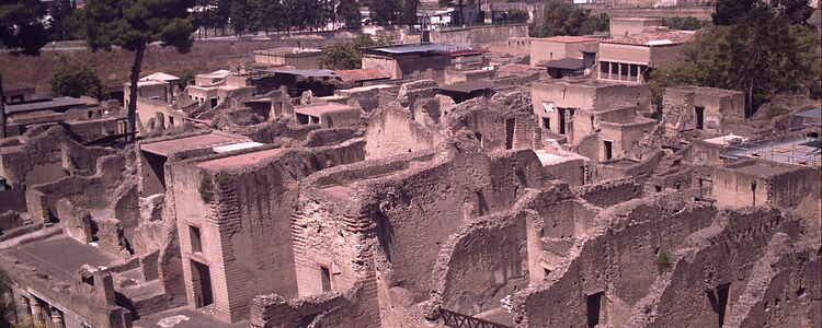 Oldtidsbyen Herkulanum vidner tavst om Vesuvs brølende eksplosion