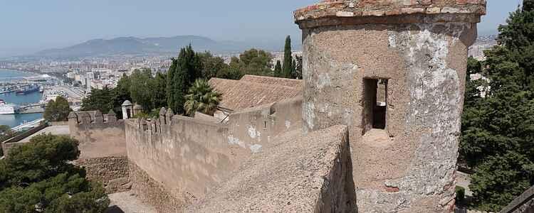 Middelalderen ligger på toppen af et bjerg i Malaga