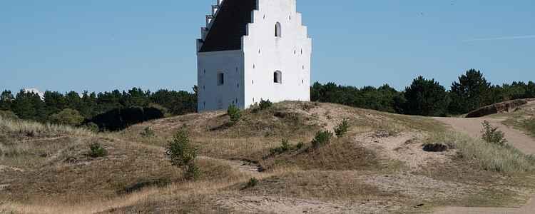 Die Kirche, die vom Sand begraben wurde