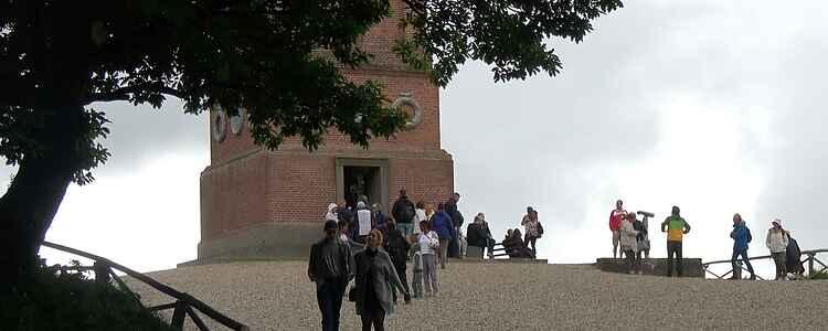 På himmelflugt i Søhøjlandet. Vi drager mod Himmelbjerget